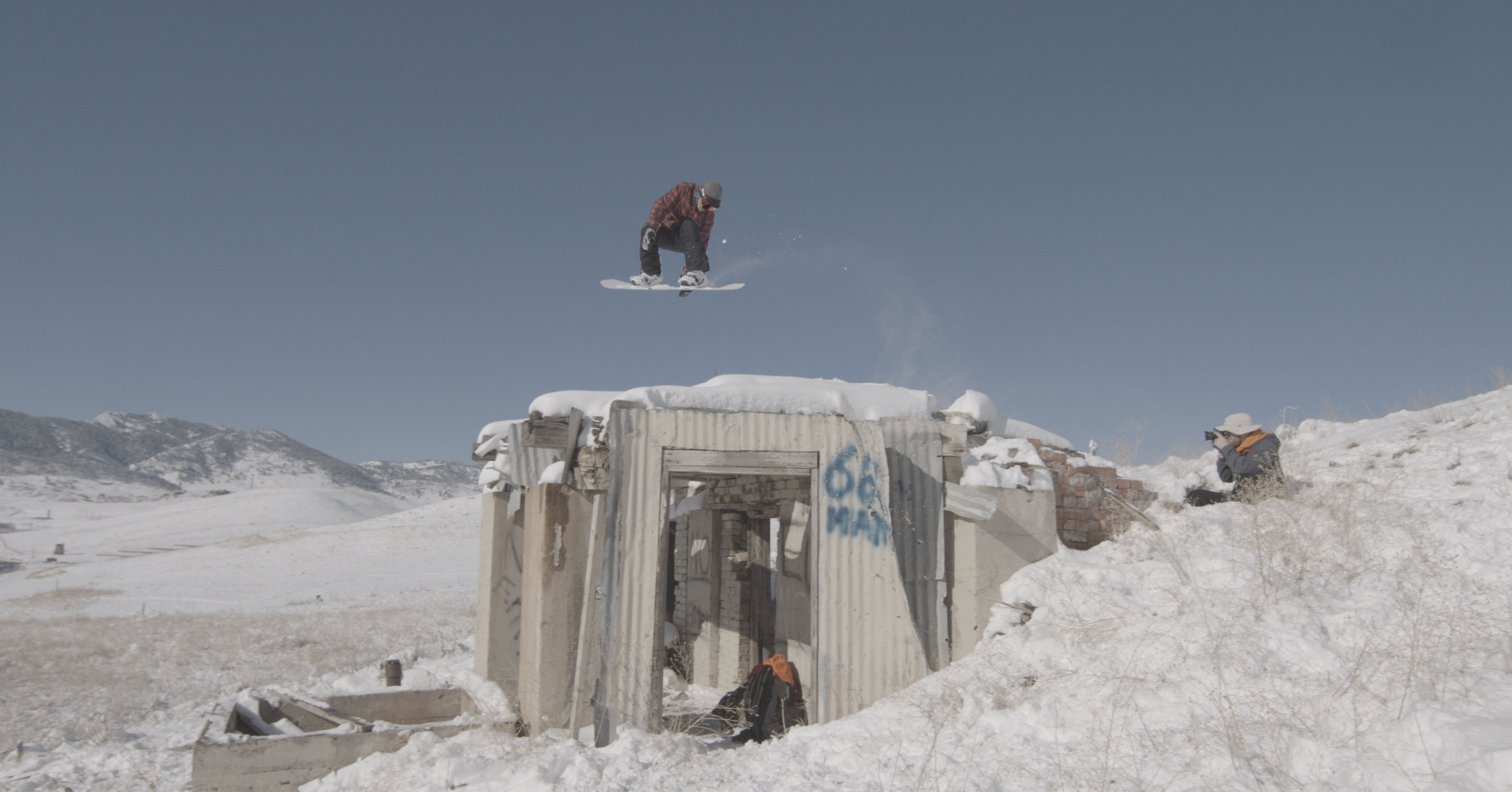 Hitting The Slopes With Snowboarder and JOBY Ambassador Seth Hill